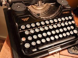 macchina da scrivere 2